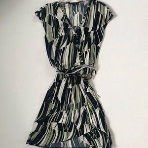 Banana Republic Dresses - Banana Republic wrap dress